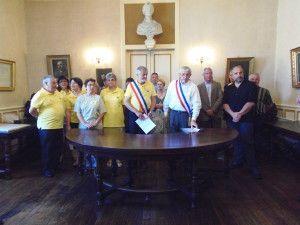 Signature de la charte de jumelage à Mielan le 15 juin 2013