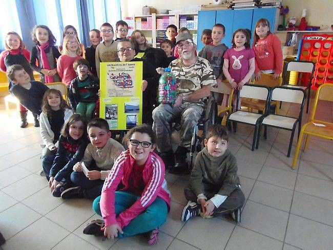 Titi et Papillon, deux ambassadeurs de la vie à l'école de Givrand - article du 26 janvier 2015